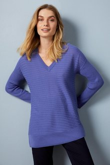 Capture Merino Ribbed V Neck Sweater - 256962