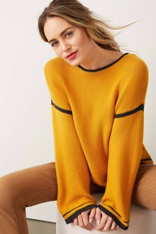 Capture Merino Contrast Trim Sweater - 256963
