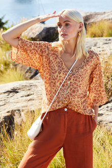 Emerge Kimono Sleeve Shirt - 257091
