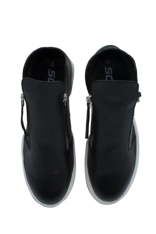 Soda Swank Leather Zip Sneaker