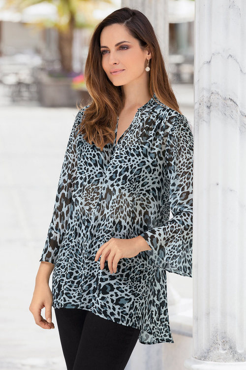 European Collection Leopard Print Top