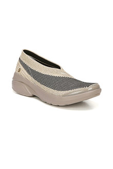 Bzees Outburst Sneaker - 258344