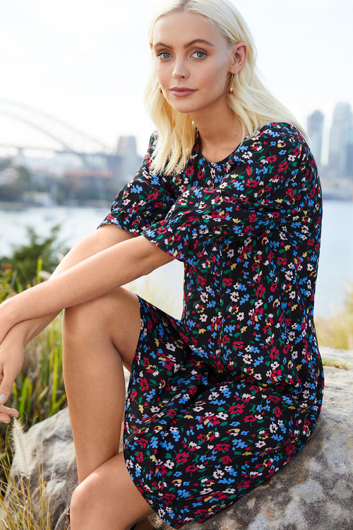 Emerge Puff Sleeve Shift Dress