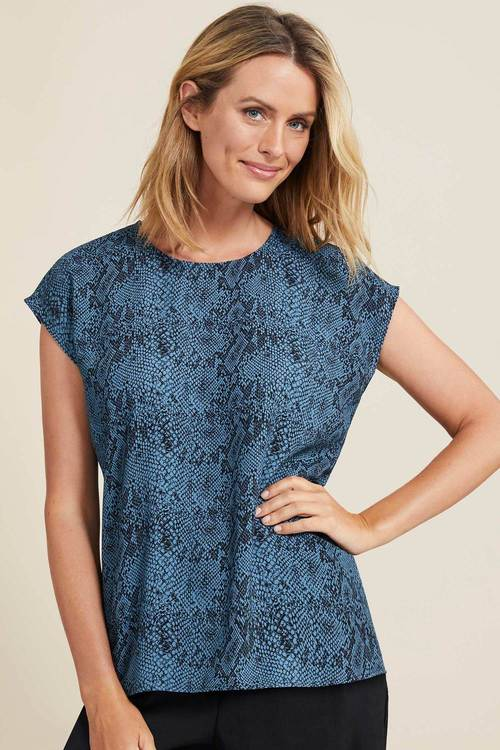 Capture Printed Shell Top