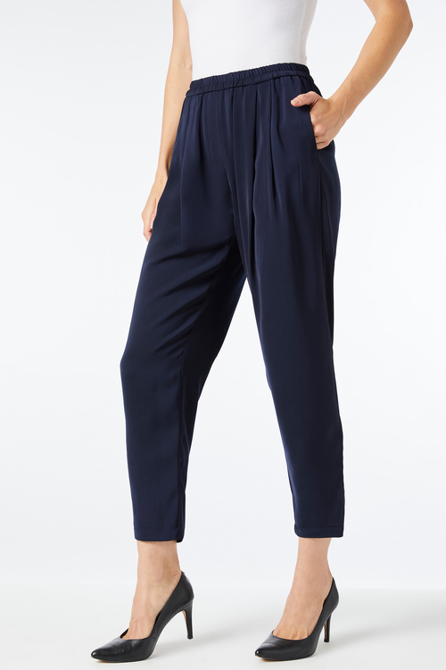Capture Tapered Leg Pant