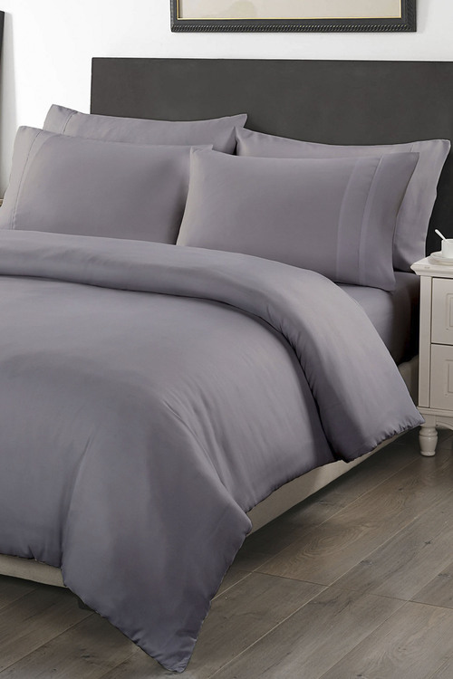Royal Comfort  Six-Piece Bedding Set