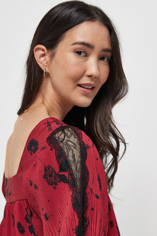 Next Short Sleeve Pleated Lace Top