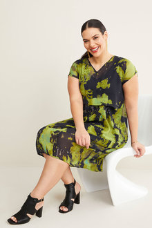 Sara V Neck Pleat Dress - 268761