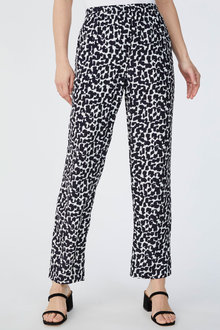 Capture Crepe Pull On Jogger Pant - 271339