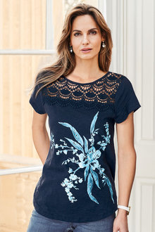 Kaleidoscope Placement Print Tshirt - 275408