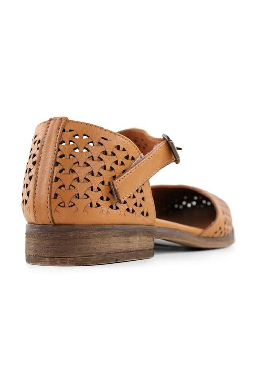 Bueno Listen Shoes