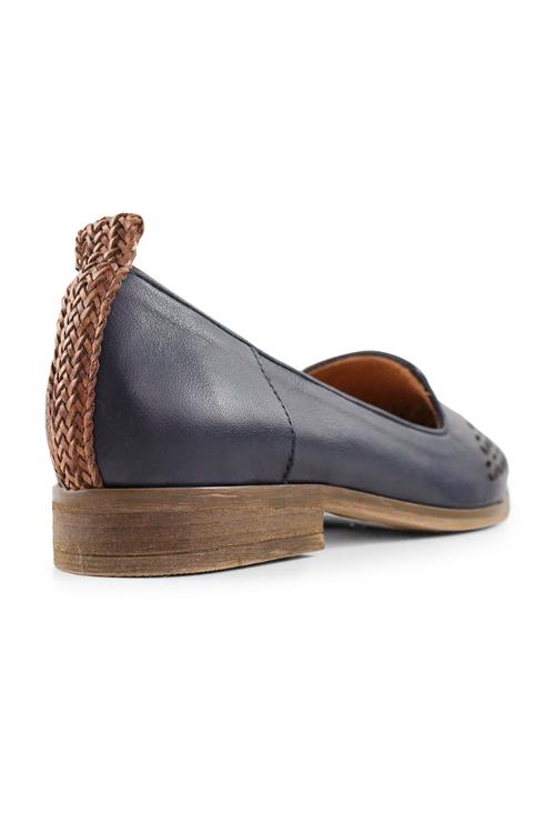 Bueno Laurena Shoes
