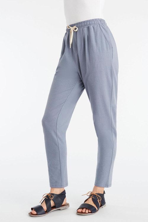 Capture Stretch Cotton Casual Pant