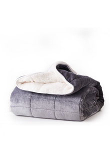 DreamZ 11kg Sherpa and Flannel Weighted Blanket - 279726