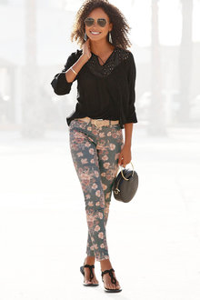 Urban Floral Printed Pants - 281543