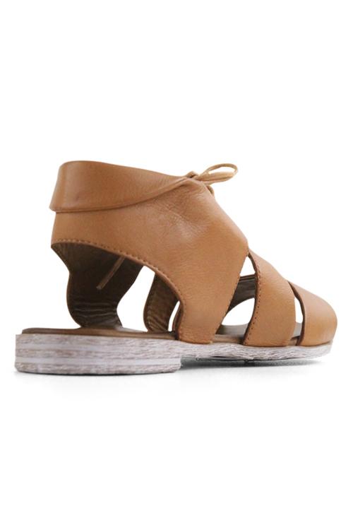 Bueno Yara Flat Sandals