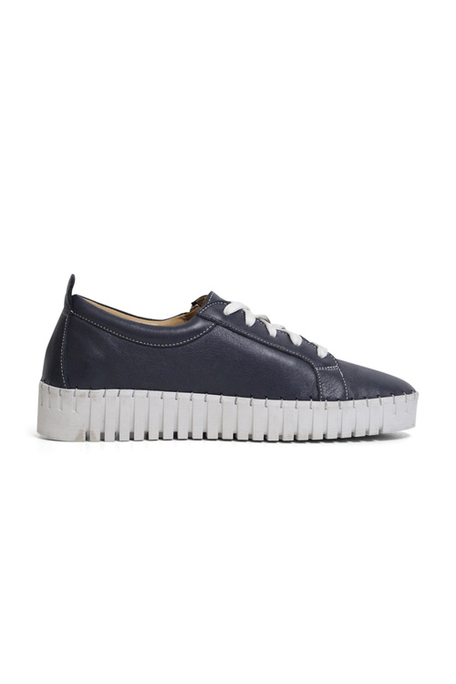 Bueno Orsola Leather Sneakers