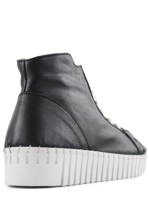 Bueno Oscar Sneakers