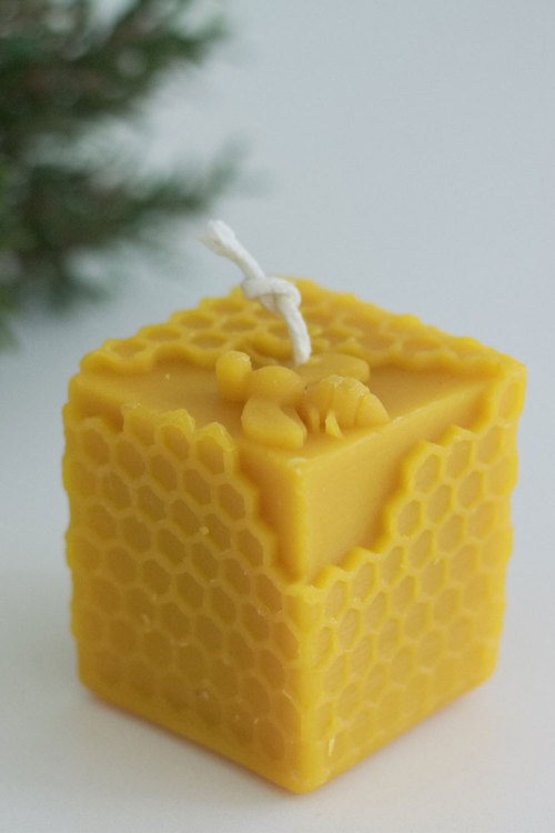 Hexton 100% Beeswax Honeycomb Cube Candle