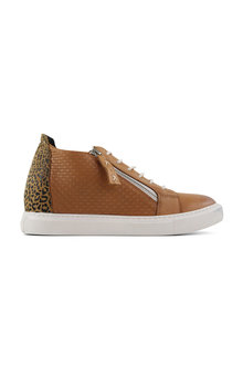 Bueno Santana Lace Up Leather Sneakers - 285499