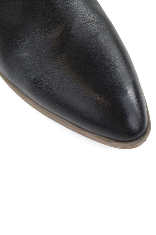 Bueno Silo Ankle Boots