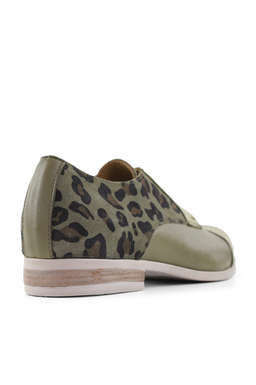 Bueno Lou Lace Up Shoes