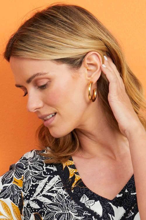 By Fairfax and Roberts Contemporary Medium Hoop Earrings