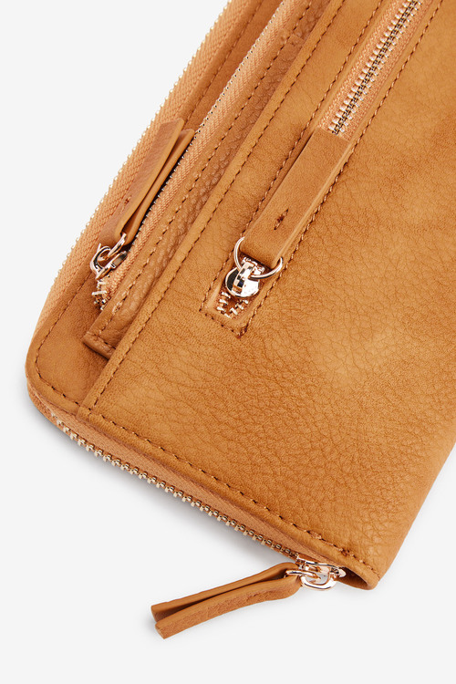 Next Purse With Pull-Out Card Holder