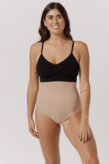 Bella Bodies Curve Control Ultimate Shapewear Panty With Lace - 292147