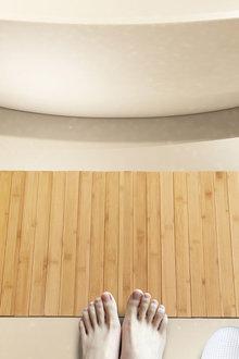Sherwood Home Bathroom/Kitchen Foldable Bamboo Floor Mat - 292283