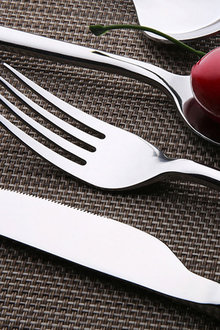Sherwood Home 24 Piece Stainless Steel Cutlery Dinner Set - 292307