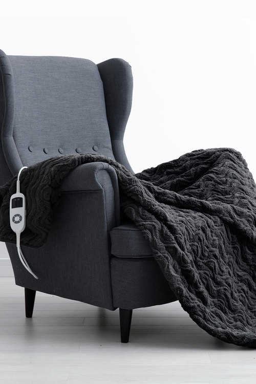 Dreamaker 500GSM Faux Fur Heated Throw