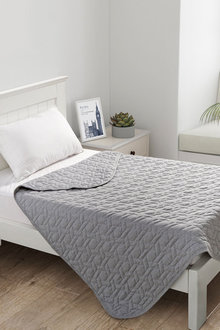 Dreamaker Cotton Jersey Quilted Blanket - 292901