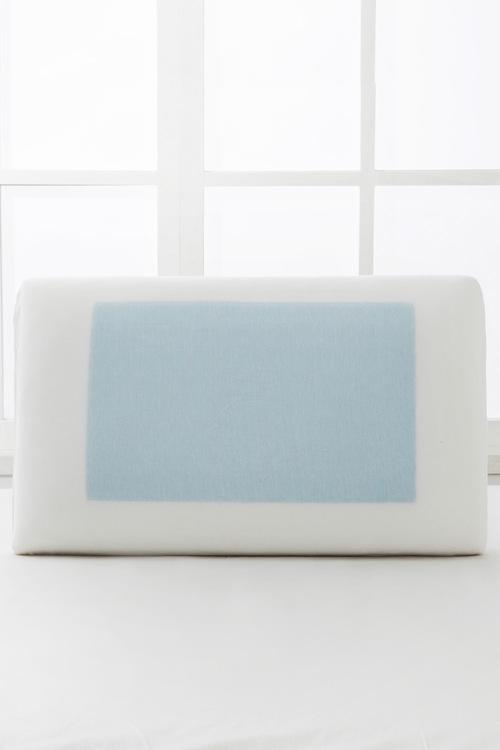 Dreamaker Gel Pad Memory Foam Pillow