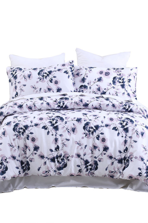 Dreamaker Printed Quilt Cover Set Maria - Queen Bed
