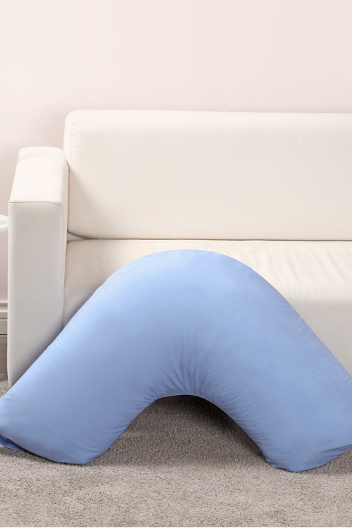 Dreamaker 250Tc Plain Dyed V Shape Pillowcase