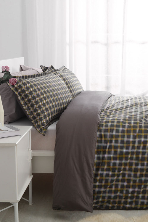 Dreamaker 250Tc Cotton Sateen Printed Quilt Cover Set Oxford
