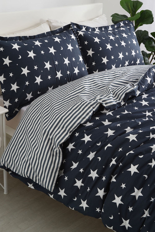 Dreamaker 250Tc Cotton Sateen Printed Quilt Cover Set Starry Night