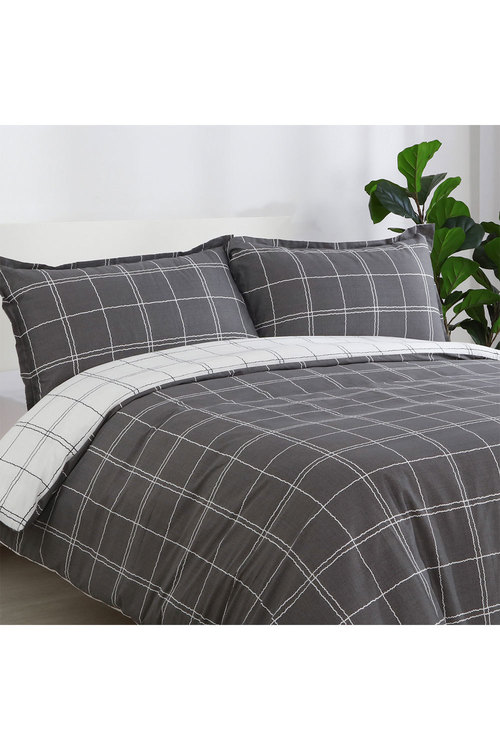 Dreamaker 250Tc Printed Cotton Sateen Quilt Cover Set Grid