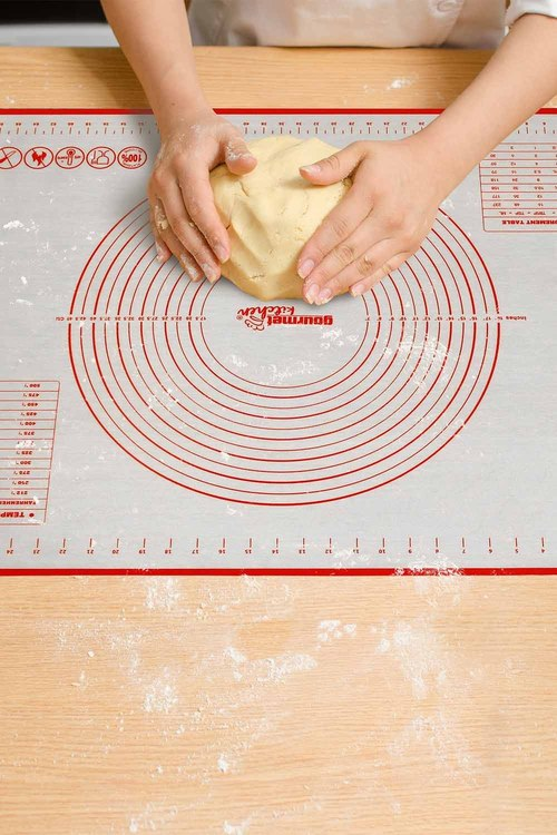 Gourmet Kitchen Non-Stick Oven and Dishwasher Safe Silicone Pastry