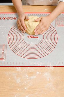 Gourmet Kitchen Non-Stick Oven and Dishwasher Safe Silicone Pastry - 293205