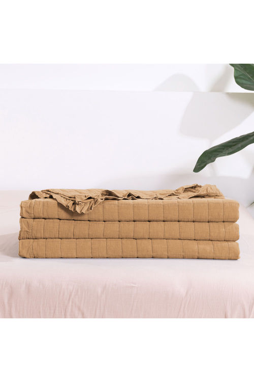 Dreamaker Premium Quilted Sand Wash Coverlet - Rust