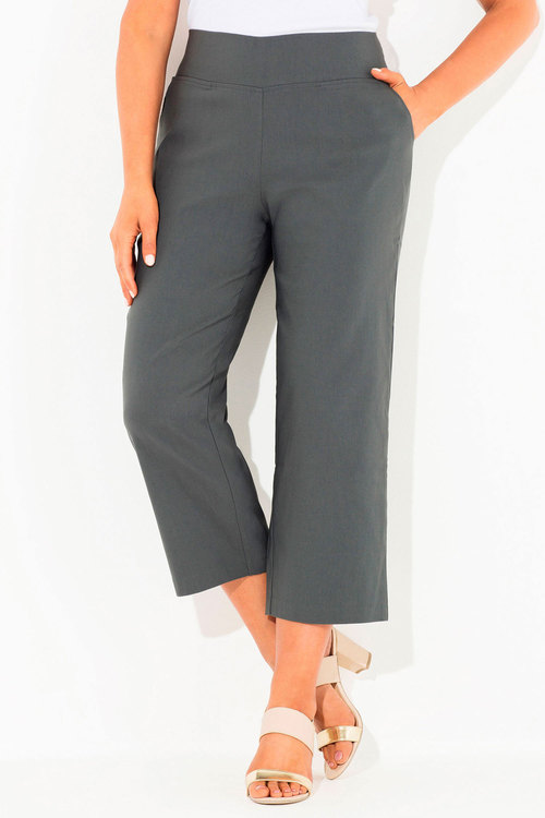 Plus Size - Sara 3/4 Pull-On Pants