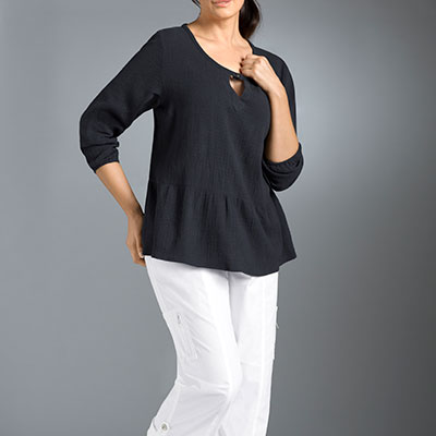 Inverted Triangle body shape casual wear