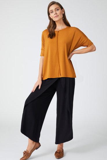 Weekend Dressing Style - 2550971