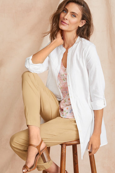 Stand out in Neutrals - 2524751