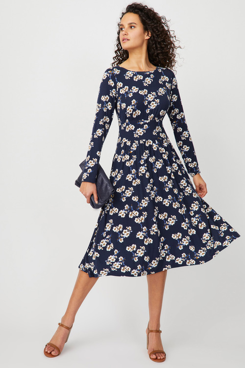 Graceful Summer Dressing
