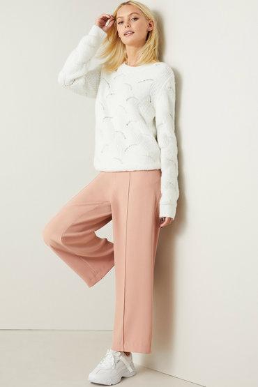 Winter Weekend Style - 2571632