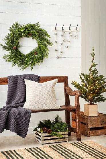 Rustic Christmas Charm - 2247211