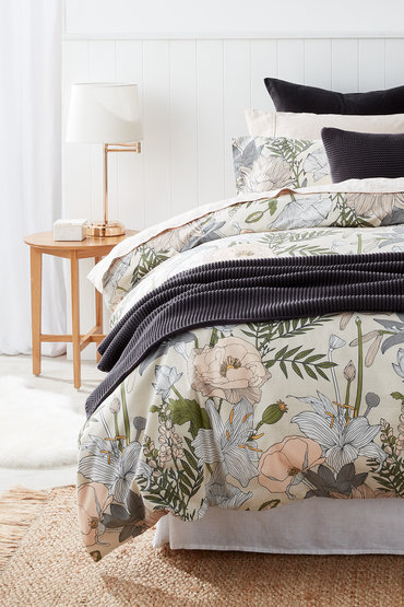 Modern Floral - 2179092